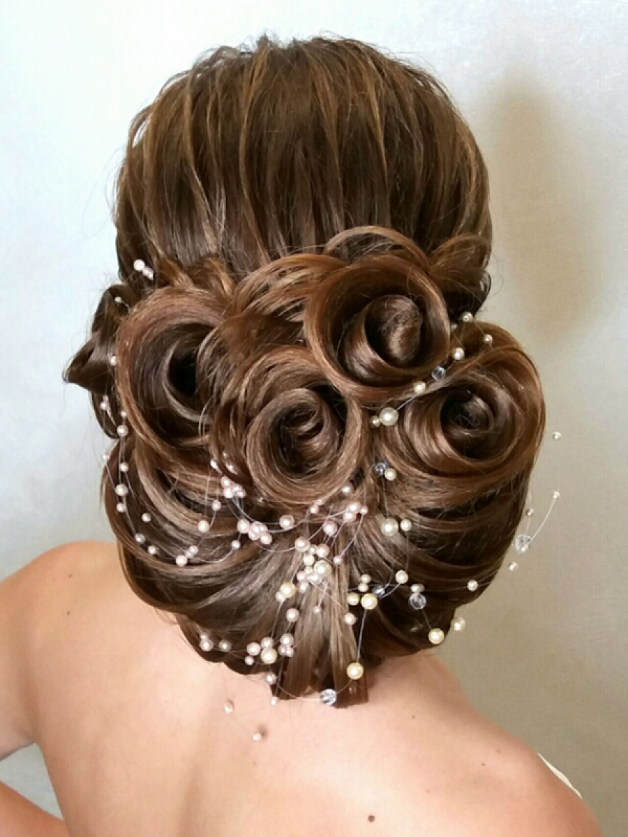 8718201ff6762d0 Курс базовый «Свадебные и вечерние прически» в Херсоне - Академия ...